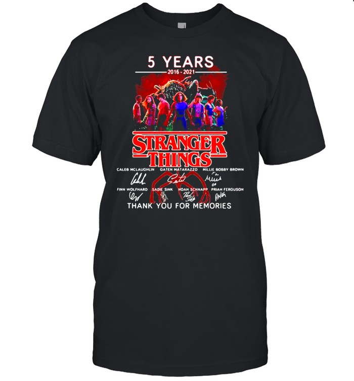 5 Years 2016 2021 Stranger Things Thank You For The Memories Signature  Classic Men's T-shirt