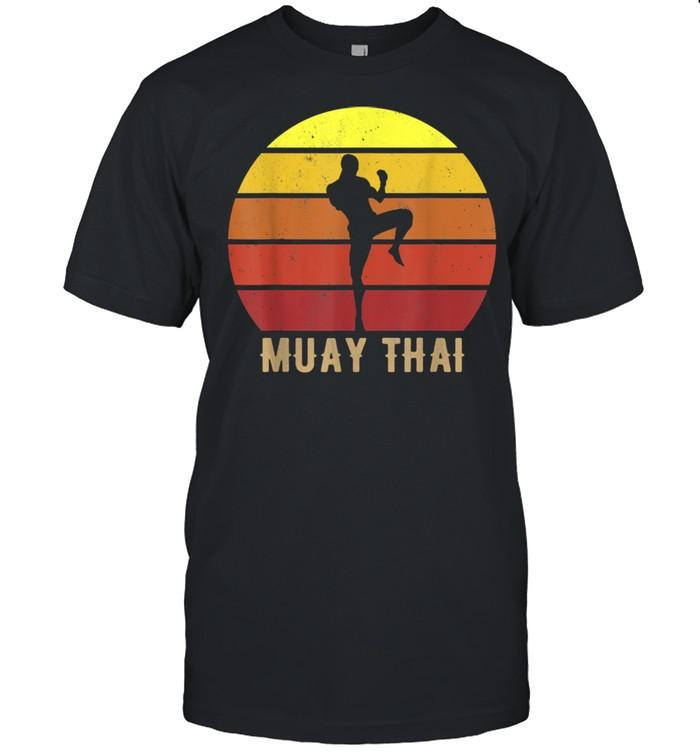 Muay Thai MMA Mixed Martial Arts Kickboxing  Classic Men's T-shirt