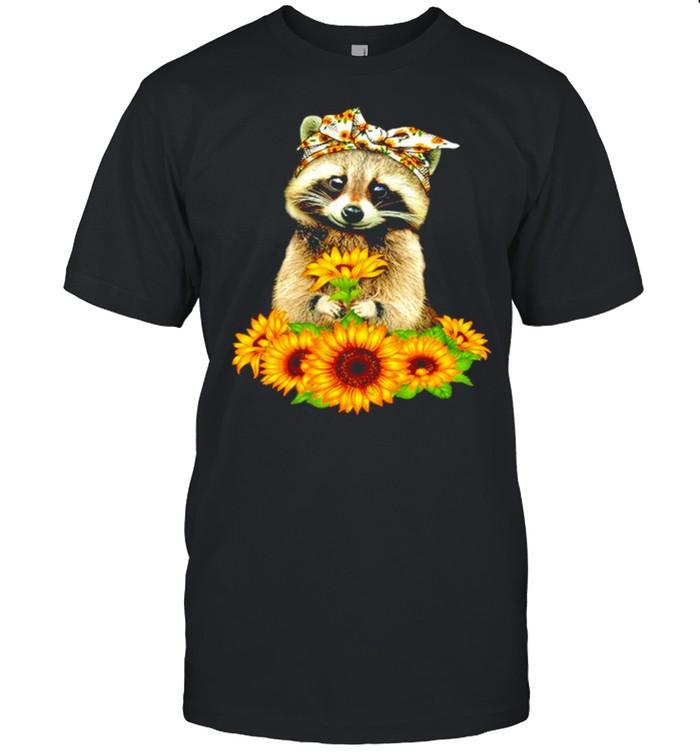 Raccoon mom sunflower shirt Classic Men's T-shirt