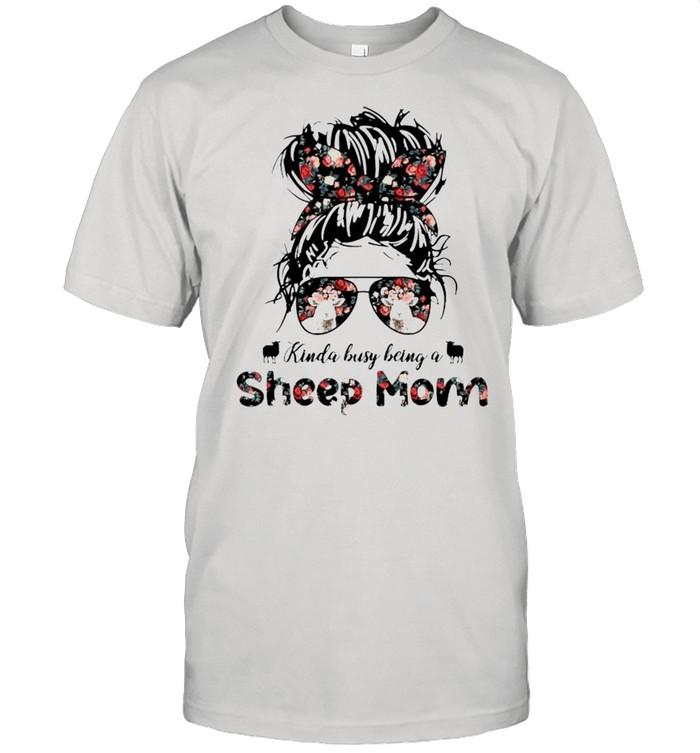 Kinda busy being a Sheep Mom shirt Classic Men's T-shirt