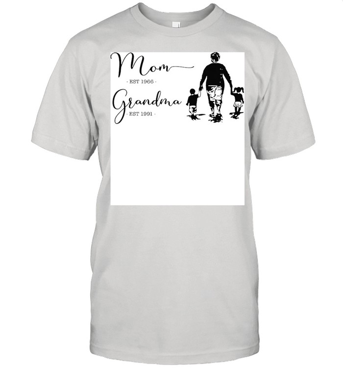 Mom est 1966 grandma est 1991 shirt Classic Men's T-shirt