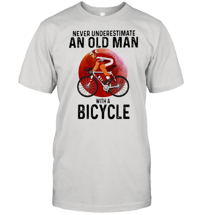 Never Underestimate An Old Man With A Bicycle Blood Moon  Classic Men's T-shirt