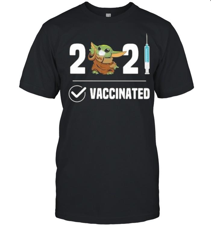 2021 Vaccinated Baby Yoda Wear Mask  Classic Men's T-shirt