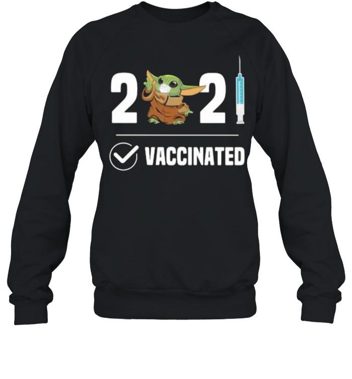 2021 Vaccinated Baby Yoda Wear Mask Unisex Sweatshirt