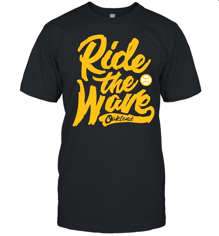 Oakland ride the wave shirt Classic Men's T-shirt