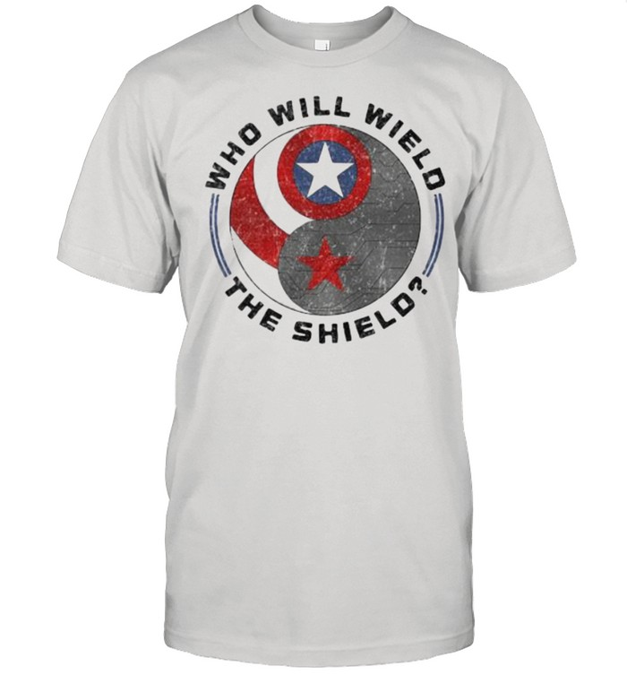 Who will wield the shield captain america logo shirt Classic Men's T-shirt