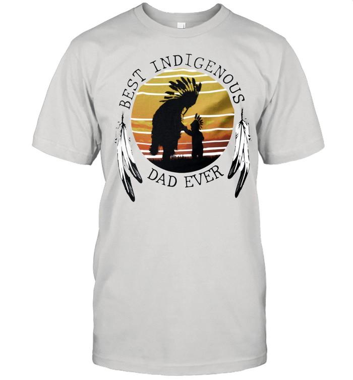 Native best indigenous dad ever vintage shirt Classic Men's T-shirt