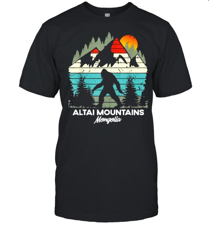 Altai Mountains Mingolia Bigfoot Hiking Sunset Vintage T- Classic Men's T-shirt
