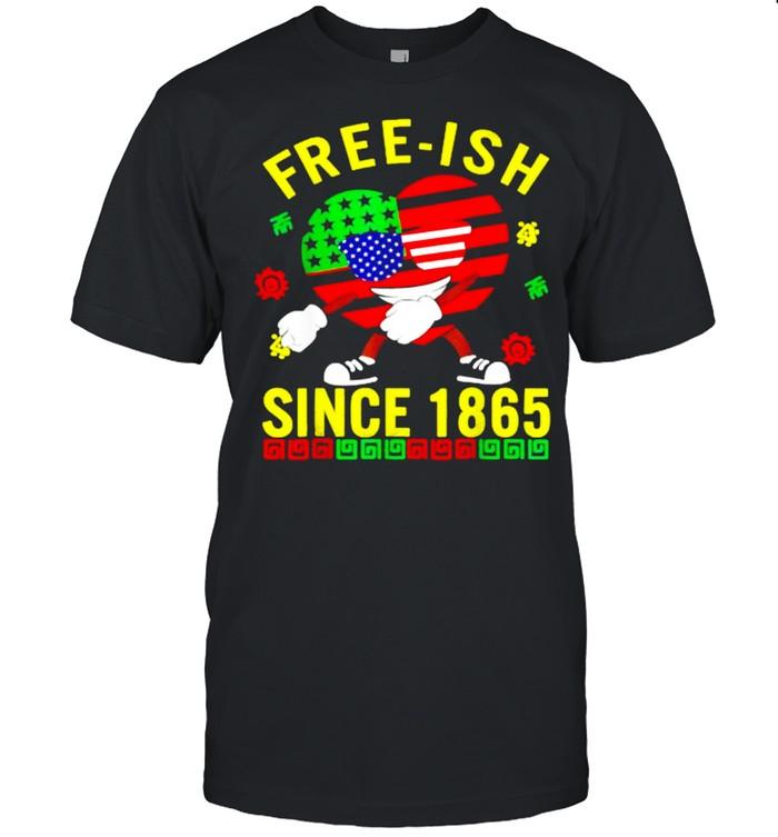 Free-ish Since 1865 Juneteenth Heart Sunglasses American Flag T- Classic Men's T-shirt