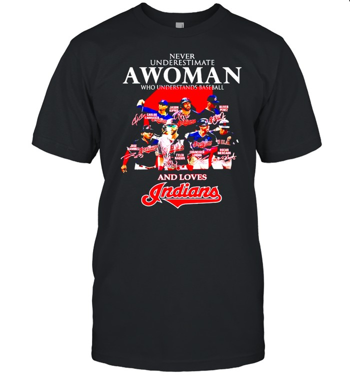 Never underestimate a woman who understands baseball and loves Indians shirt Classic Men's T-shirt