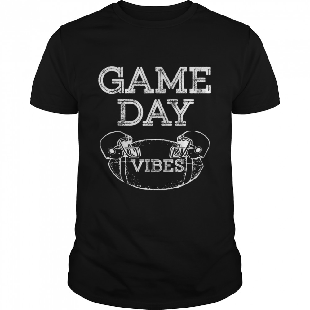 FOOTBALL GAME DAY VINTAGE DISTRESSED RETRO HELMET SPORTS FAN shirt Classic Men's T-shirt